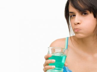 bain de bouche maison desinfectant