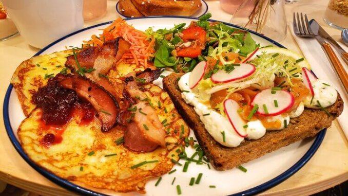 petit dejeuner sale ou sucre le matin