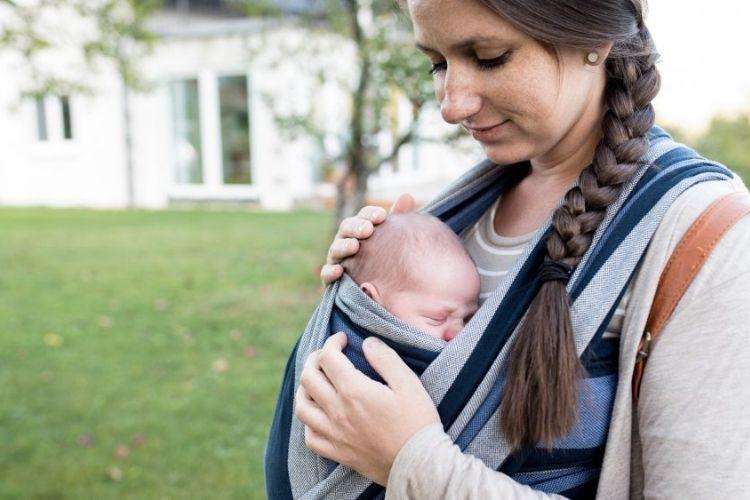 porte-bébé, comment l'utiliser correctement
